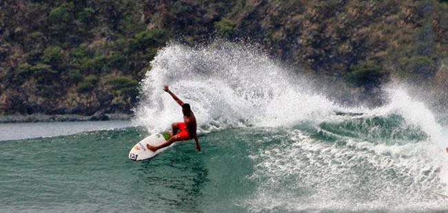 Surfing Watersports Tours